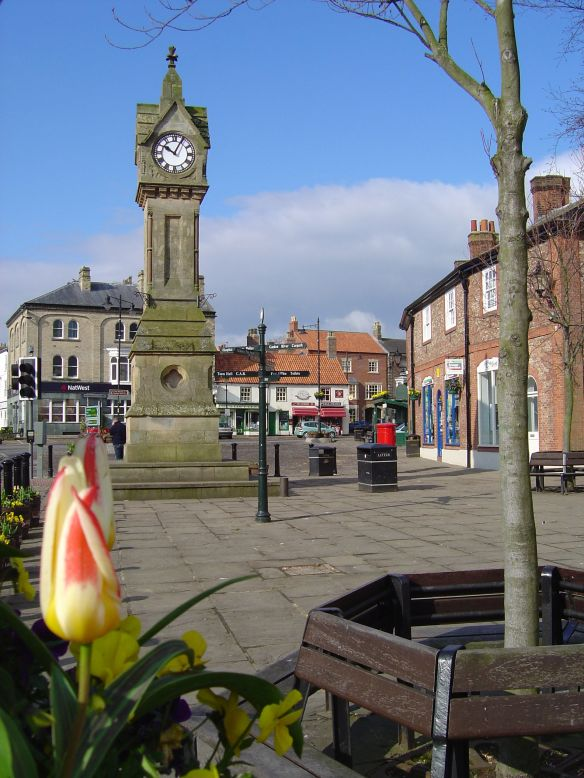 Thirsk_Square